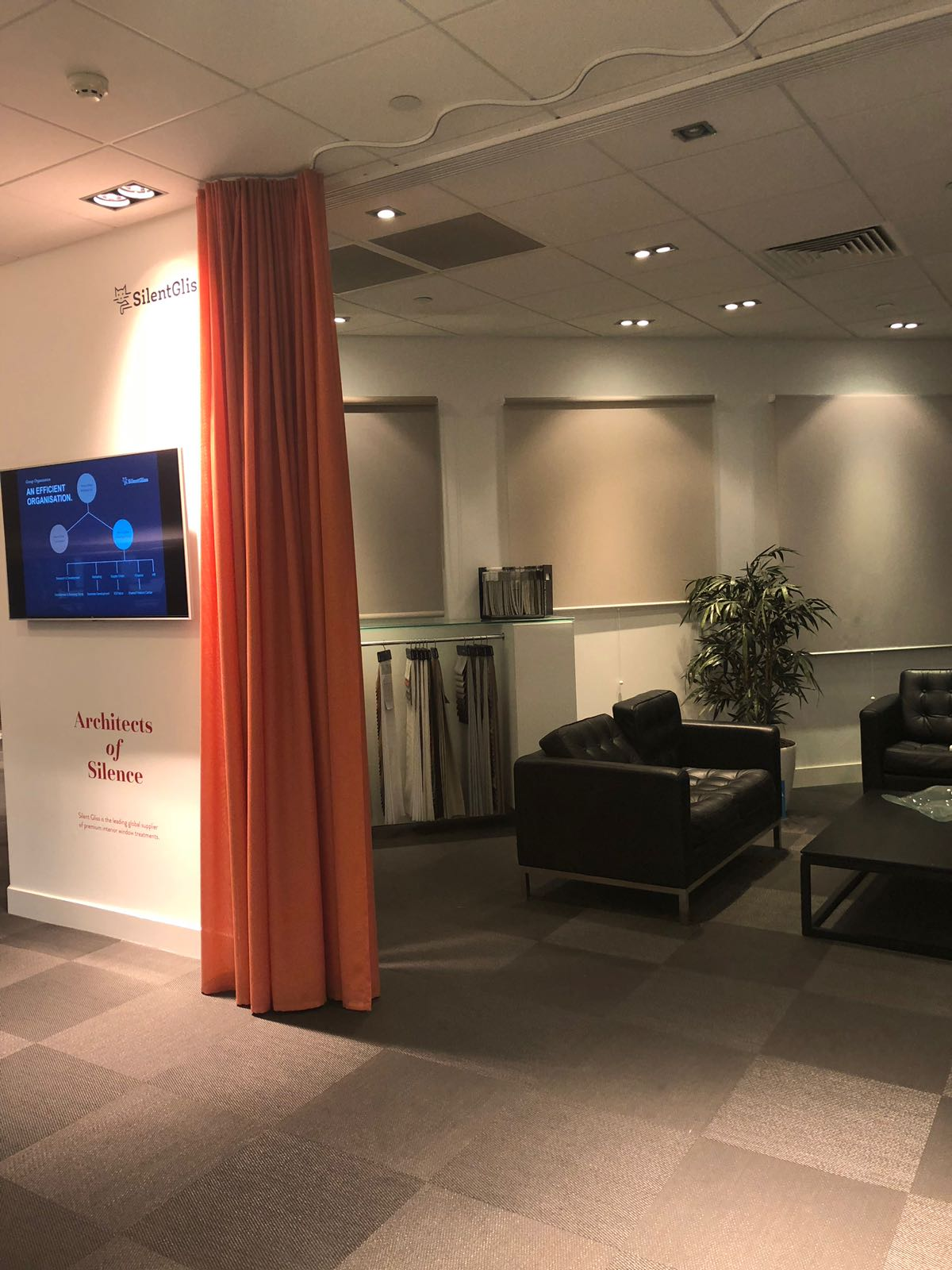 Silent Gliss Business Centre London - Waiting room