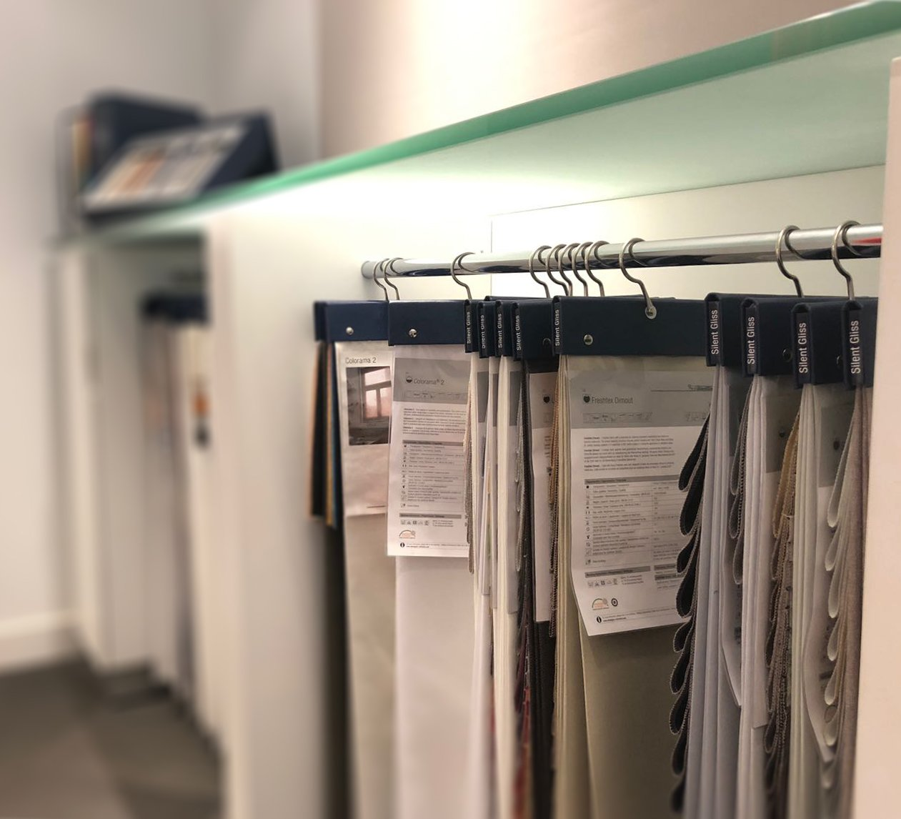 Silent Gliss Business Centre London - Fabric hangers