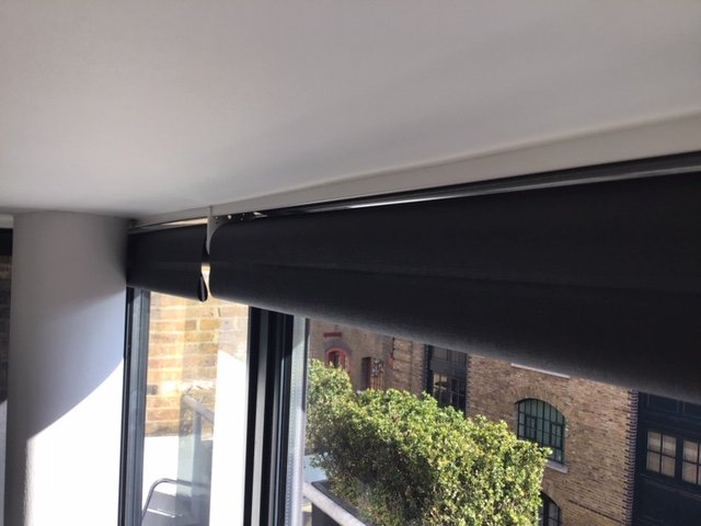 Silent Gliss Roller Blinds 4960 Headrail